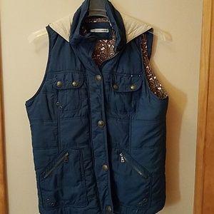 Size 0 Blue Maurices Vest
